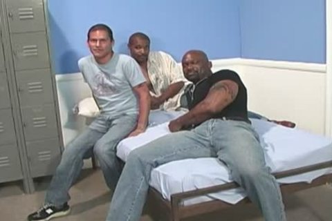 amateur White guy receives gangbanged By black fellows
