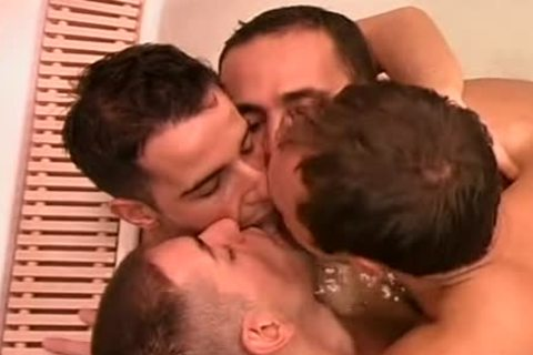 sexy homo sauna group-sex